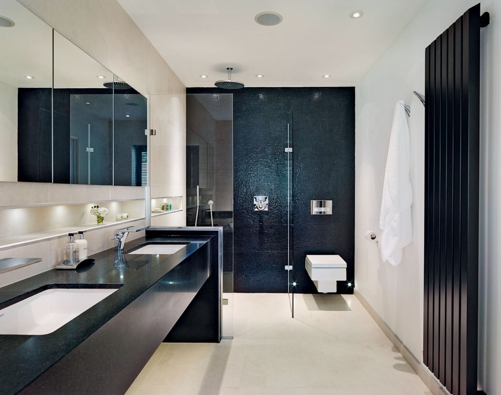 redhill monochrome en suite bathroom. En suite bathrooms gallery   Real Homes