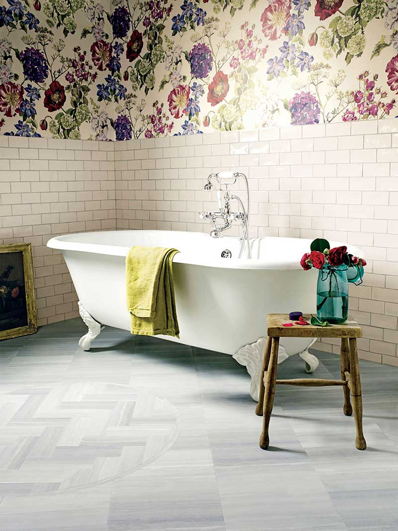 10 ways to improve your bathroom real homes for Vintage bathroom wallpaper