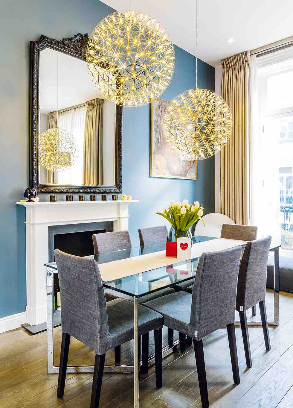 Small london flat dining area