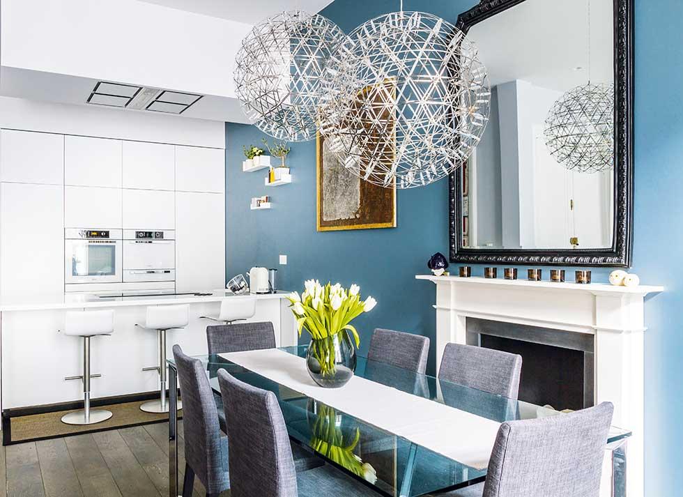 Small london flat kitchen diner open plan