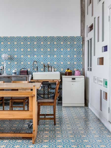 statement-kitchen-tiles