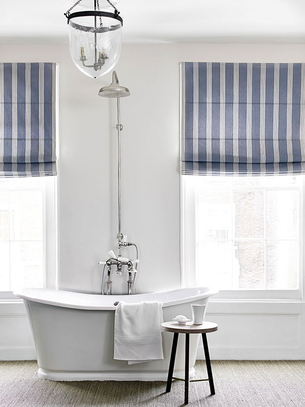 ian mankin bathroom en duite blinds
