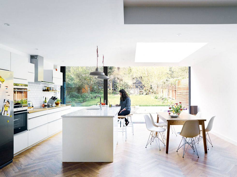 light filled contemporary open plan kitchen