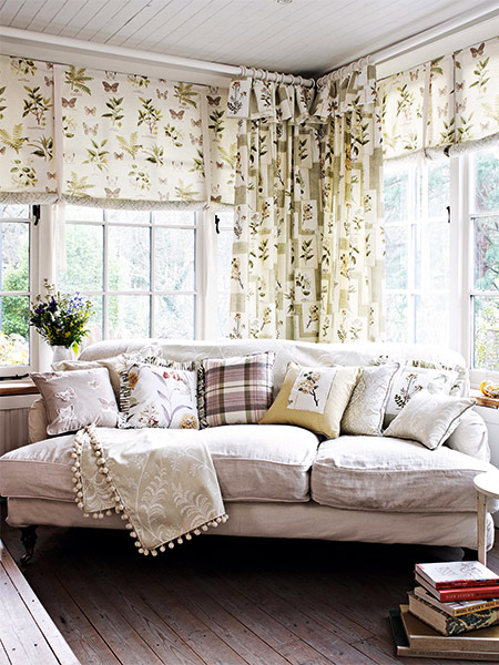 3-Clover-&-Thorne-curtains-CHARTERHOUSE-in-roman-leaf-&-butterfly