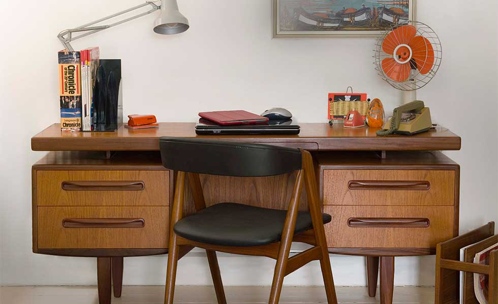Choose-Mid-century-furniture
