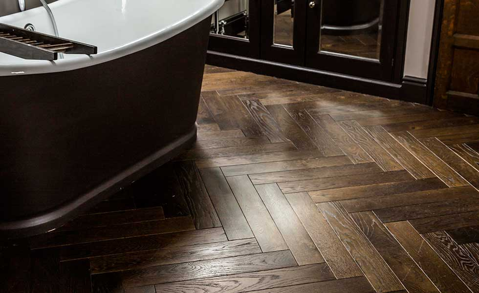 Herringbone oak wood floor in tall ships brown