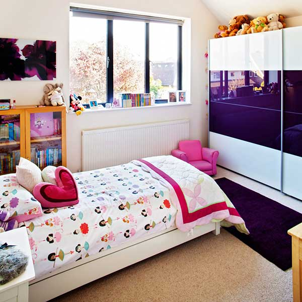 children bedroom with patterned bedding