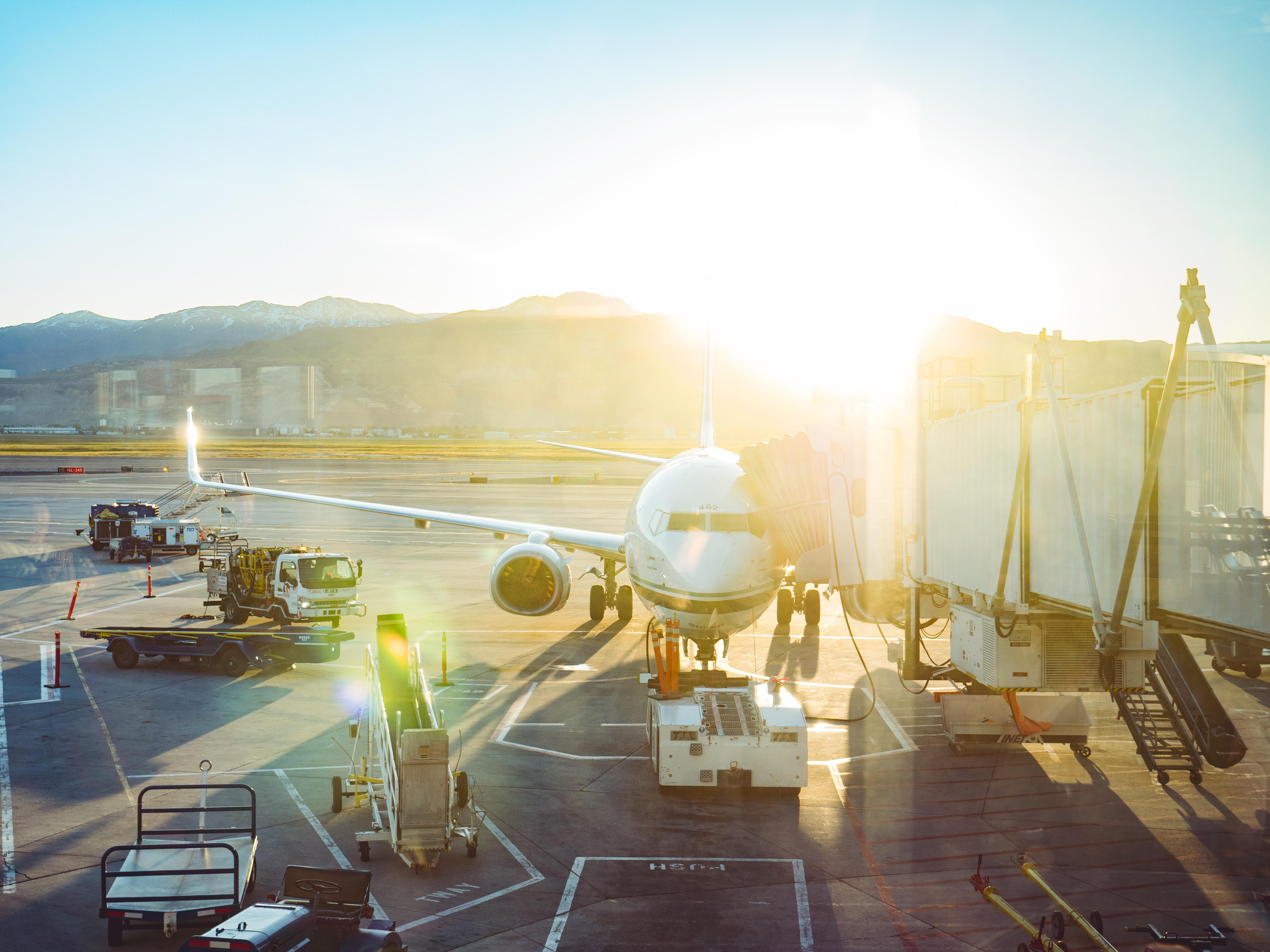 Wizz Air společně s Ryanair se řadí mezi nízkonákladové aerolinie, které operují z Letiště Václava Havla