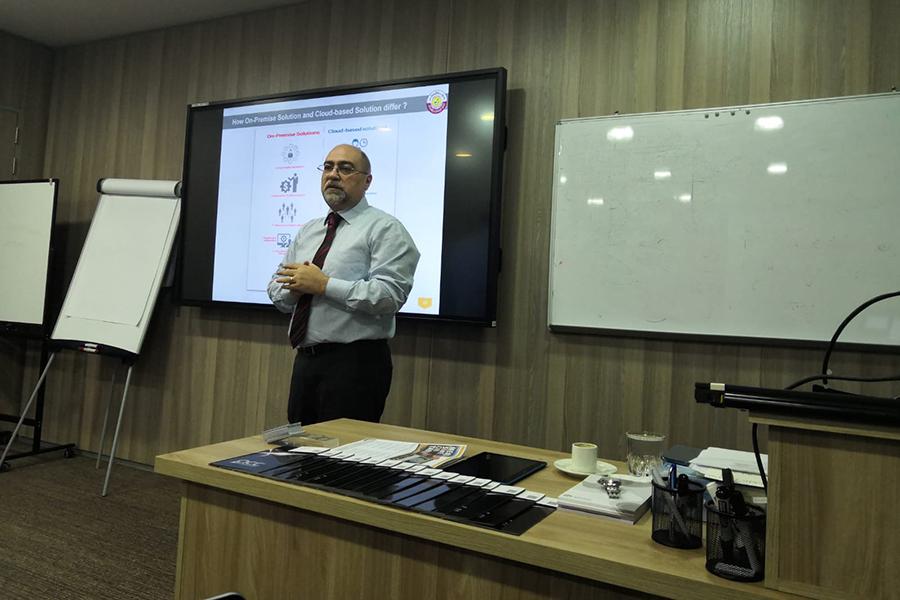 MOTC Sponsers Presentation On Menu 5in1