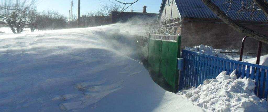Вигадав убивство, щоби приїхала поліція. Житель Чернігівщини придумав, як почистити дорогу від снігу