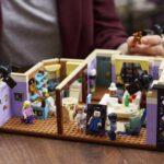 LEGO выпустила конструктор из 2048 деталей по мотивам сериала «Друзья»