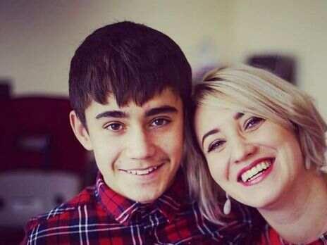 Мать избитого в Париже украинского подростка фигурирует в расследовании о торговле людьми – СМИ