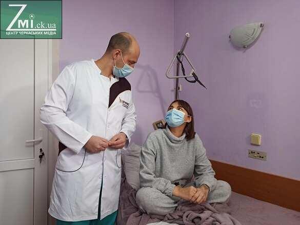 """""""Це було не життя, а існування"""": як дівчина, якій трансплантували нирку в Черкасах, живе тепер (ВІДЕО)"""