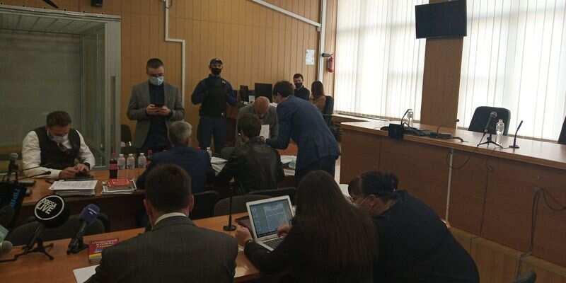 Суд отказался менять меру пресечения Стерненко
