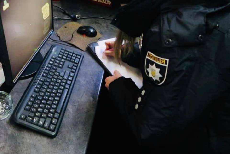 У Снятині викрили незаконний гральний заклад (ФОТО)