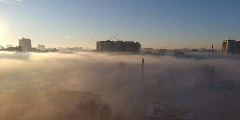 После сильных морозов Одессу накрыл густой туман: жители делятся фото и видео