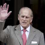 Мужа Елизаветы II принца Филиппа госпитализировали из-за плохого самочувствия