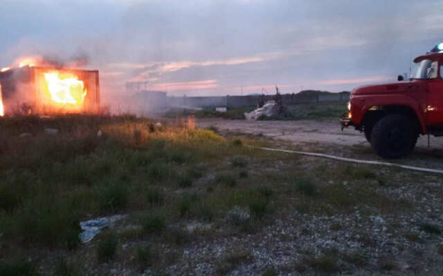 На территории недостроенного аквапарка на Херсонщине произошел пожар