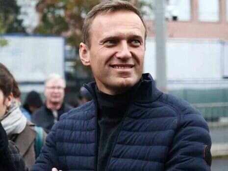 Amnesty International намерена вернуть Навальному статус узника совести