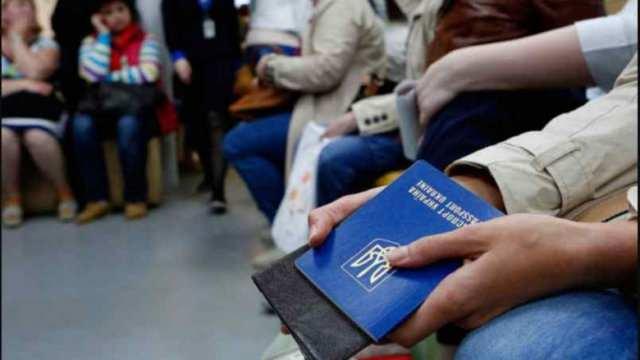 Украинцы на вес золота. В Польше заявили о нехватке заробитчан