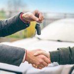 Как продать автомобиль: встреча, показ машины, торг