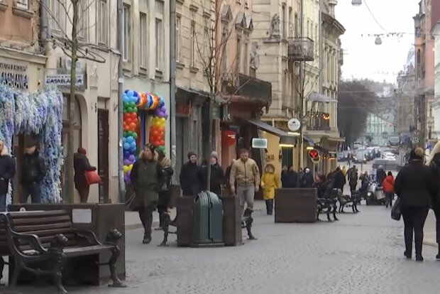 Невакцинированным украинцам запретили ходить в туалет