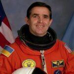 Леонід Каденюк: український астронавт, що розгорнув у космосі наш прапор