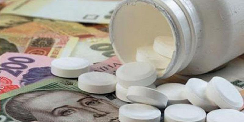 В Украине могут запретить продажу лекарств несовершеннолетним: что об этом известно