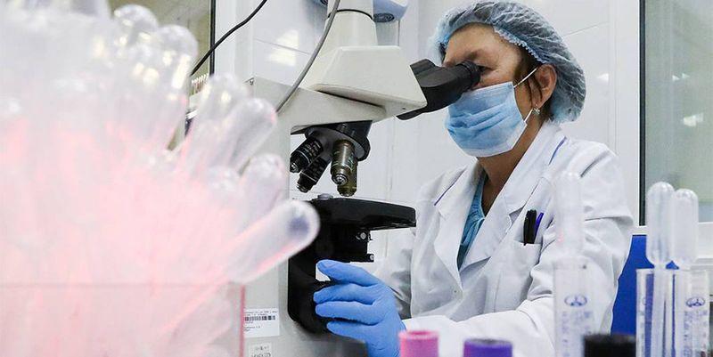 Симптомы коронавируса изменились из-за мутаций: ученые представили новые данные