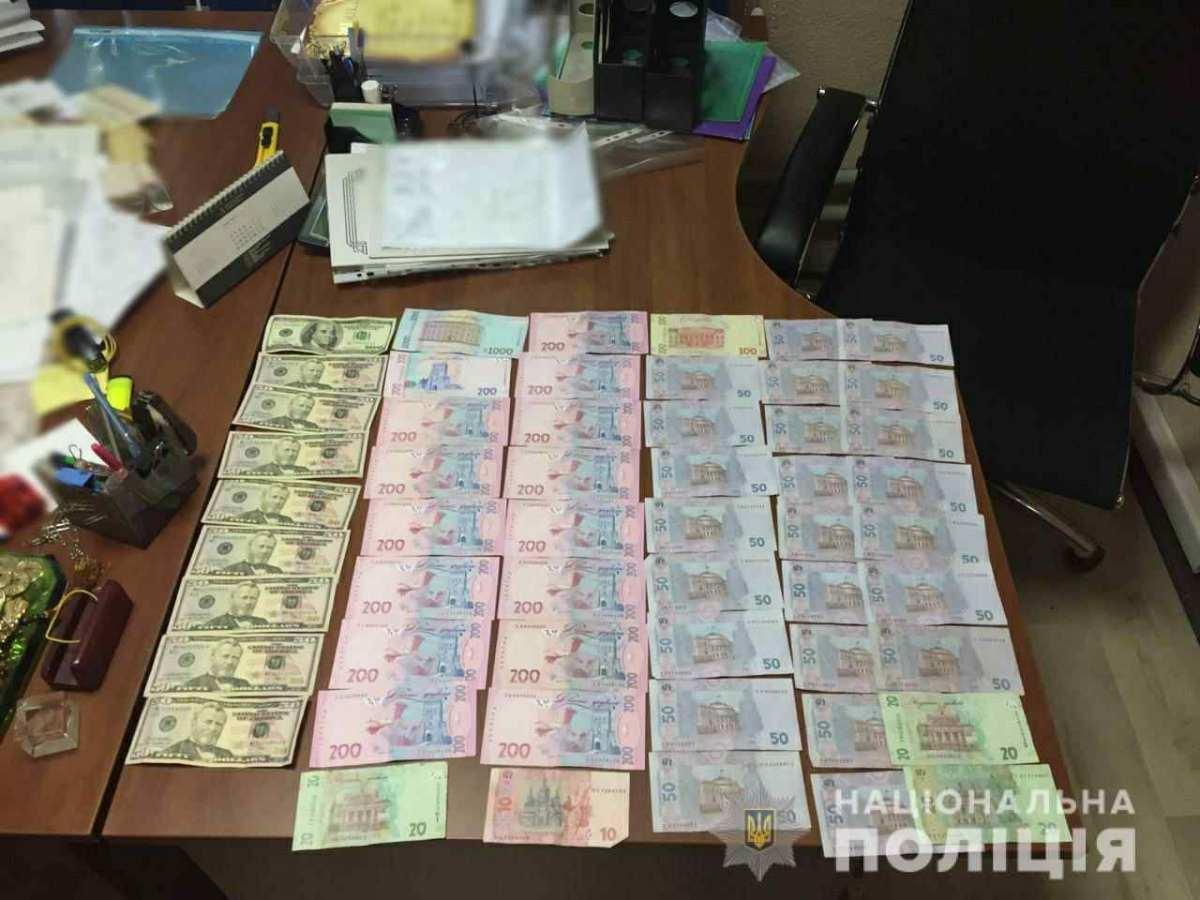 В Одесской области задержали банду, которая присвоила чужую недвижимость на 14 миллионов