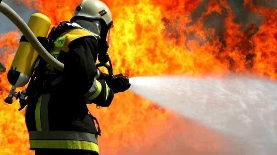 После пожара в жилом доме в Одессе мертвым нашли 17-летнего парня