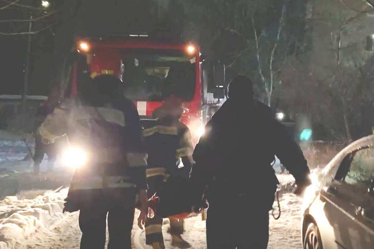В Черкассах горела многоэтажка – пожарные спасли восемь человек