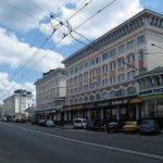 Оккупанты на Донбассе обстреляли Трехизбенку, повреждены пять домов: фото