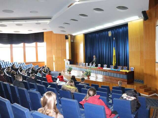 Сумська молодь дізналась про роботу міської влади «із середини»