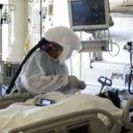 COVID-19 в мире заболели более 112 млн человек