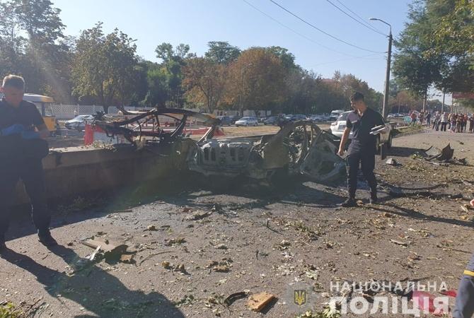В прокуратуре назвали две основные версии взрыва автомобиля в Днепре, жертвами которого стали сотрудница ГСЧС и ветеран АТО