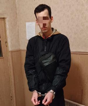 Вночі прикордонники затримали росіянина, який прямував коліями в бік Угорщини