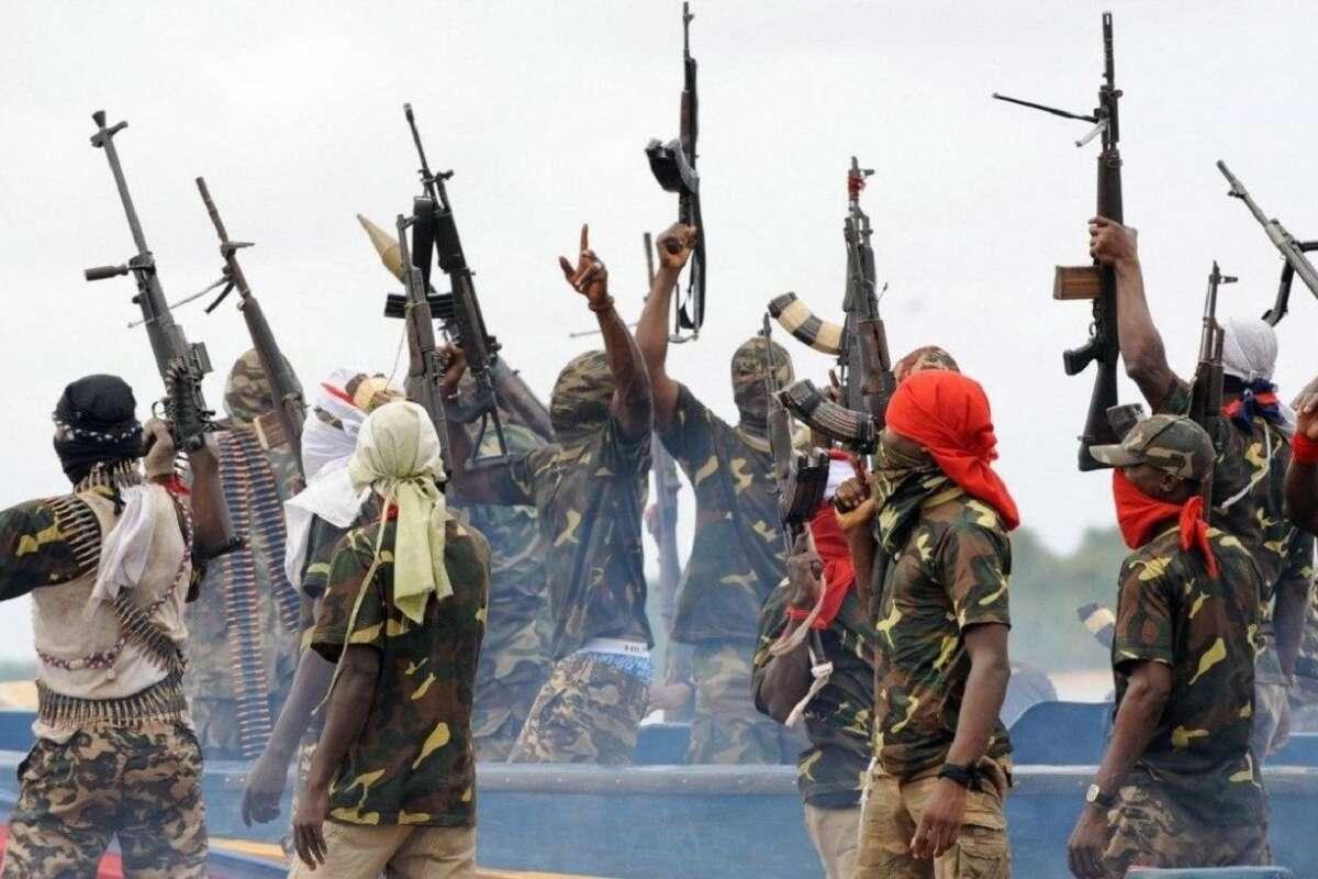 В Нигерии боевики похитили 300 студентов колледжа