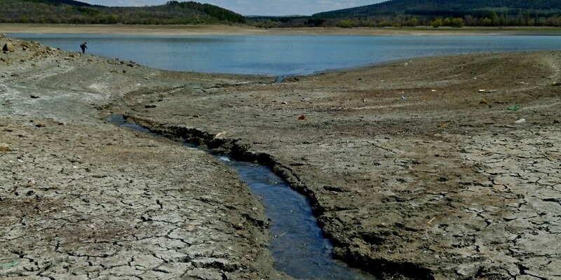 Оккупанты Крыма расширили зону подачи воды по графику: что известно