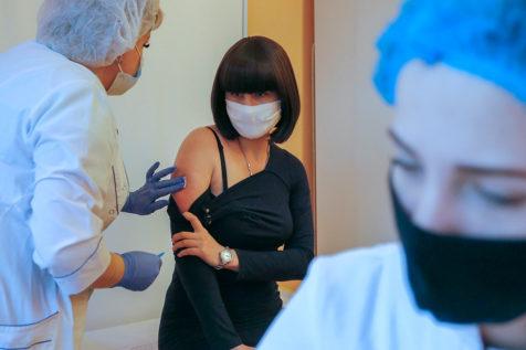 Первые побочные эффекты: Ляшко рассказал о жалобах на самочувствие после вакцинации от коронавируса