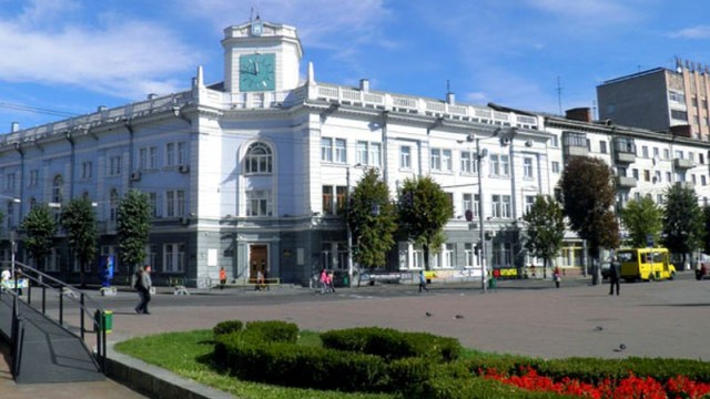У Житомирській області секретаря виборчої комісії засудили до 5 років позбавлення волі з іспитовим строком
