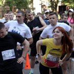 У Житомирі пройшов перший в Україні забіг з поліцейськими, участь взяли триста бігунів