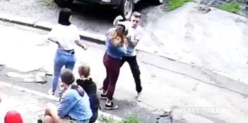 В Харькове проучили парня, который зверски избивал девушек ногами по голове, но история на этом не закончится