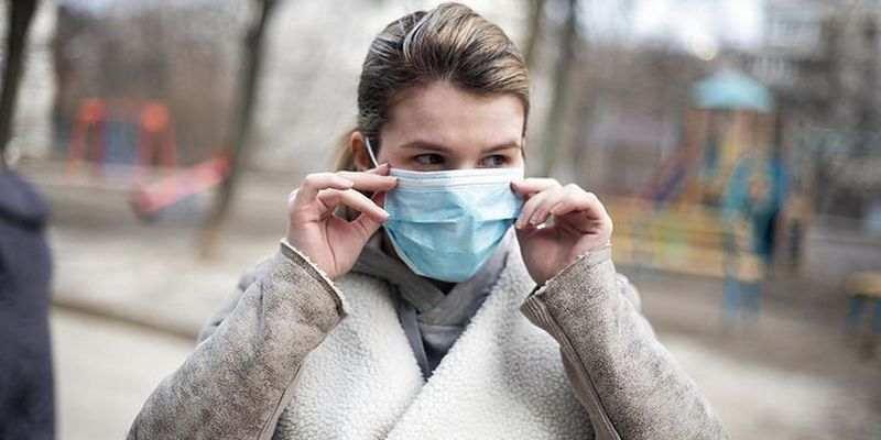 Полная свобода: Польша намерена избавить вакцинированных от коронавирусных ограничений