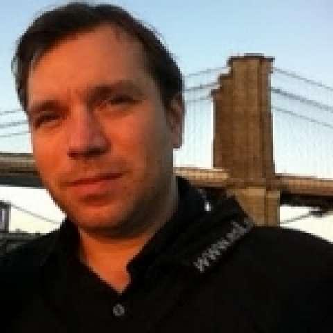 Person avatar: Ralf Reichert