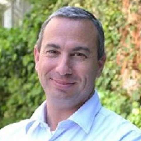 Person avatar: Zvi Schreiber