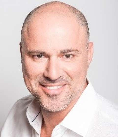 Person avatar: Moshe Selfin