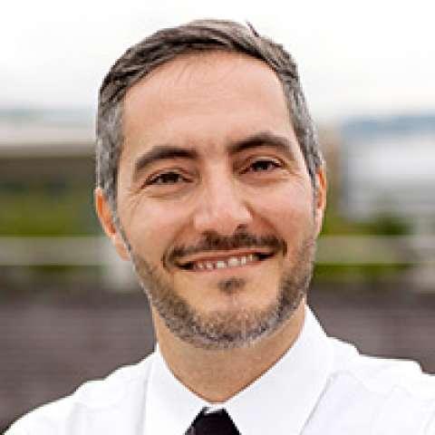 Person avatar: Viktor Calabro