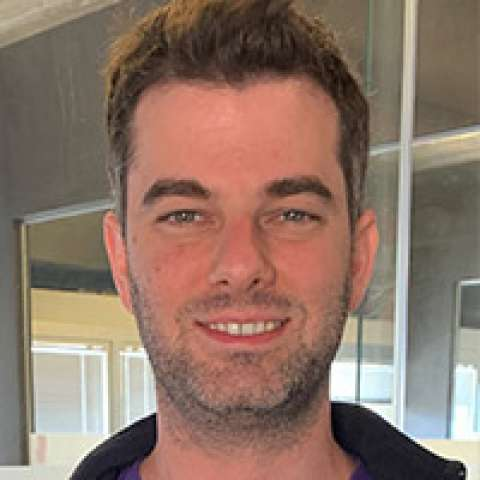 Person avatar: Dan Weitzner