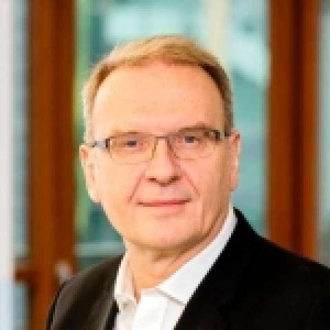 Person avatar: Ralf Baumann